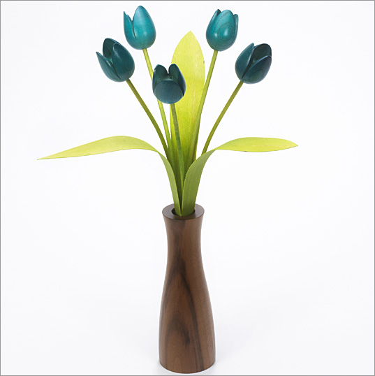 5 turquoise Tulips with 3 green leaves with Walnut 'cool' vase